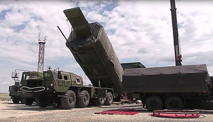"""Putin """"Avanqard"""" raket kompleksinin müəllifinin adını açıqlayıb"""