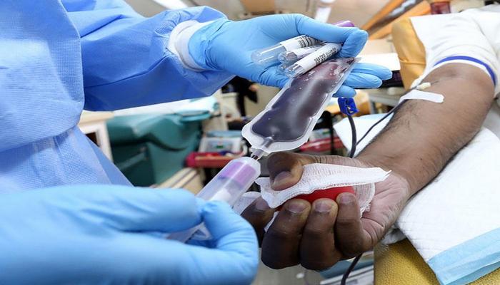 Mütəxəssislər: Plazma müalicəsi COVID-19 ölümlərini azaltmaqda səmərəsizdir