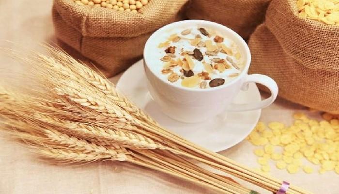 Назван снижающий холестерин и сахар в крови завтрак