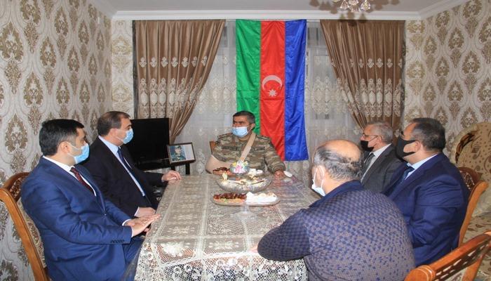 Niyazi Bayramov Vətən müharibəsi iştirakçılarını ziyarət edib