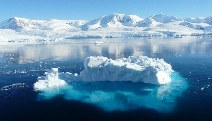 Обнаружена необычно горячая точка в Антарктиде