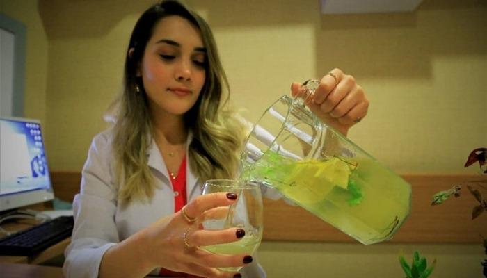 Ödem için soğuk yeşil çay tarifi! Soğuk limonlu yeşil çay nasıl yapılır?