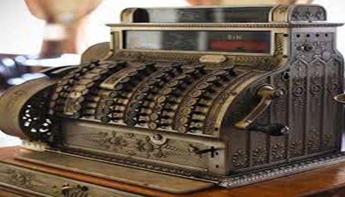 Oğurluğa son qoymaq: ilk kassa aparatı necə yarandı ?