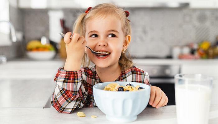 Okul çağı çocukları için bağışıklık güçlendirici beslenme önerileri