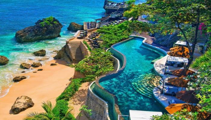 Остров Бали останется закрытым до конца года