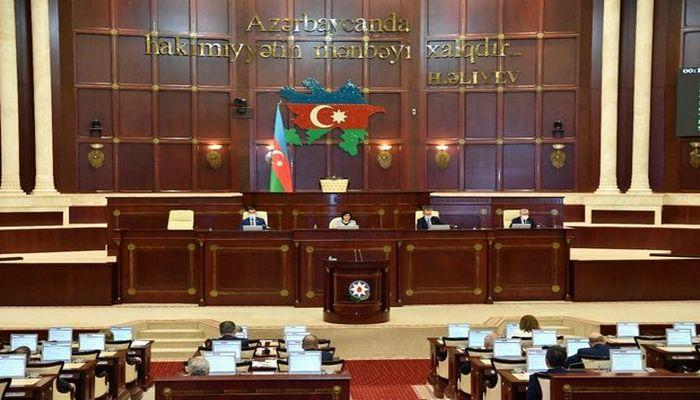 Parlamentin komissiyasına yeni seçiləcək deputatın adı bəlli oldu