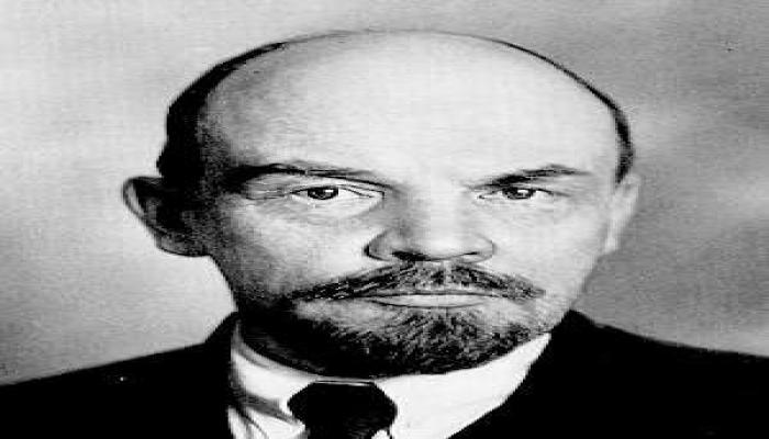 Amerikalı rəssam Leninin bədənini almaq istəyir