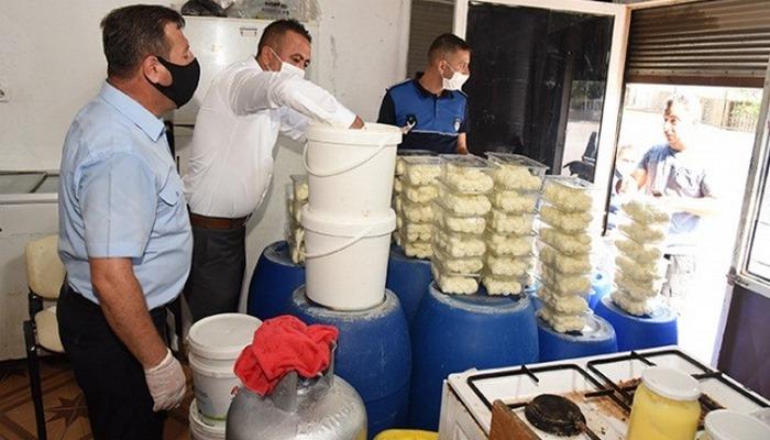 Pislik içinde ürettikleri peynirleri vatandaşlara yediremeden yakalandı