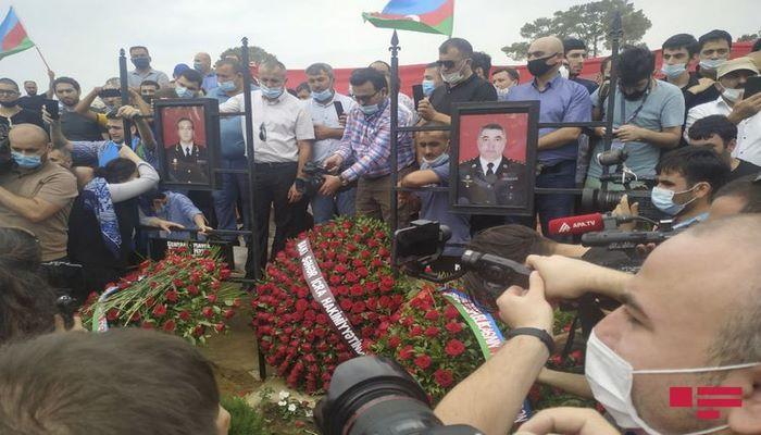 Полад Гашимов и Ильгар Мирзоев похоронены на II Аллее Почетного захоронения