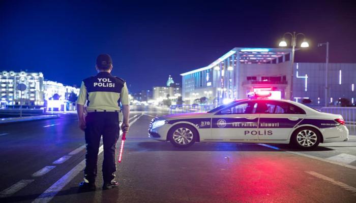 Дорожная полиция Баку обратилась к пассажирам в связи с защитными масками