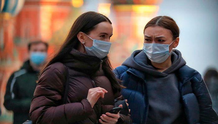 Polşada açıq havada maska rejimi ləğv olunur