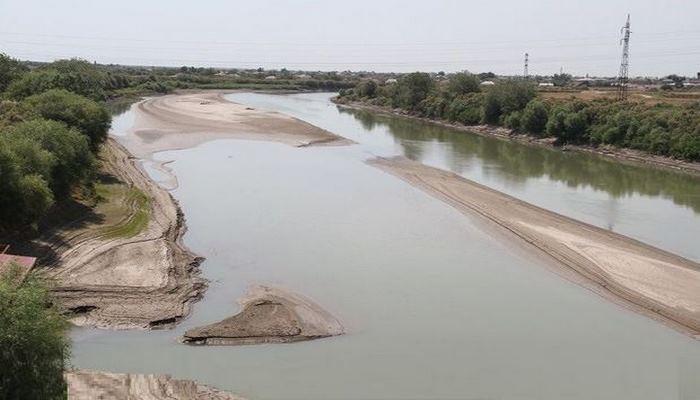 Повысился уровень воды в реке Кура