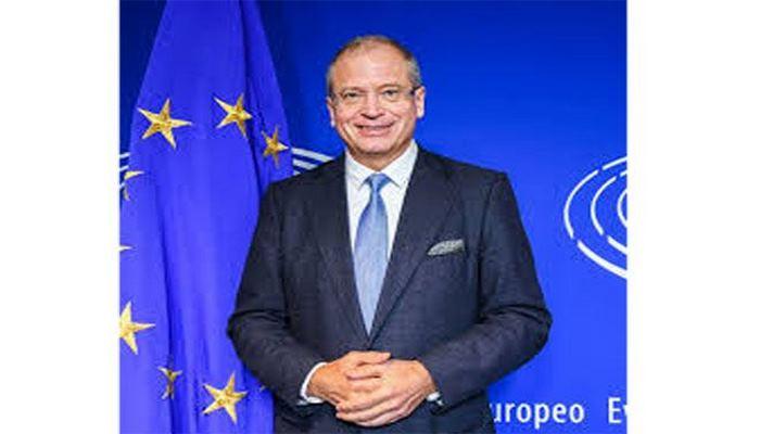 Председатель Клуба друзей Азербайджана в Европарламенте призвал Армению и Азербайджан возобновить переговоры