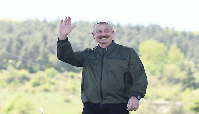 Prezident İlham Əliyev Şuşada jurnalistlərlə görüşüb