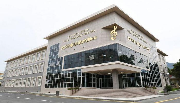 Президент Ильхам Алиев принял участие в открытии нового здания Балакенской городской детской школы искусств