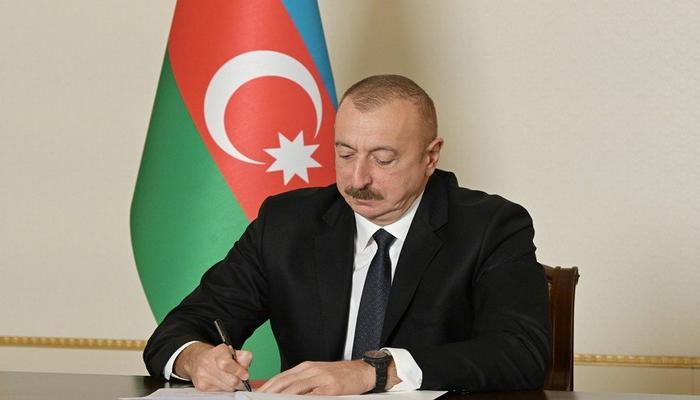 Prezident iqtisadi rayonların yeni bölgüsü ilə bağlı fərman imzaladı