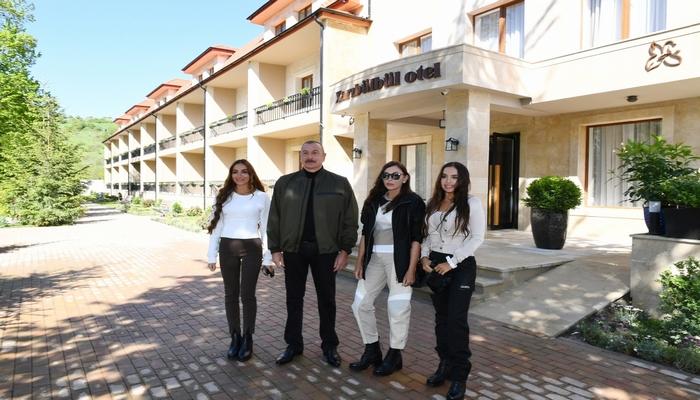 "Prezident Şuşada ""Xarı Bülbül"" otelinin açılışında iştirak edib"