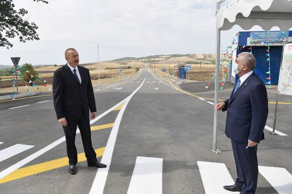 В эксплуатацию после реконструкции сдана автодорога Муганлы-Исмаиллы-Тезекенд-Агбулаг-Гошакенд