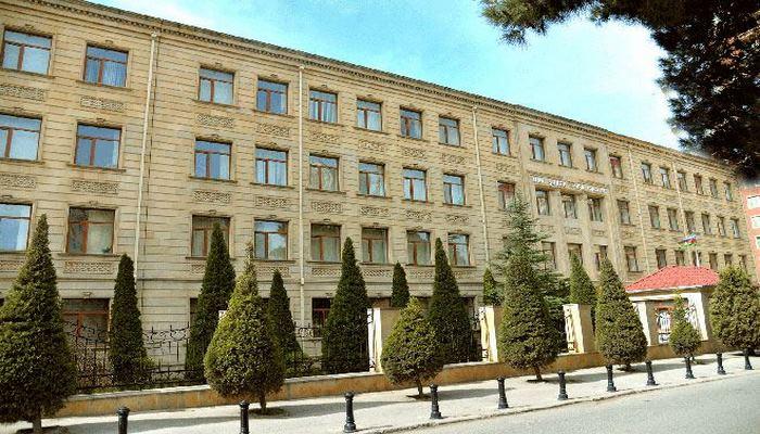 Прием граждан в бакинском Управлении образования приостановлен до 31 августа