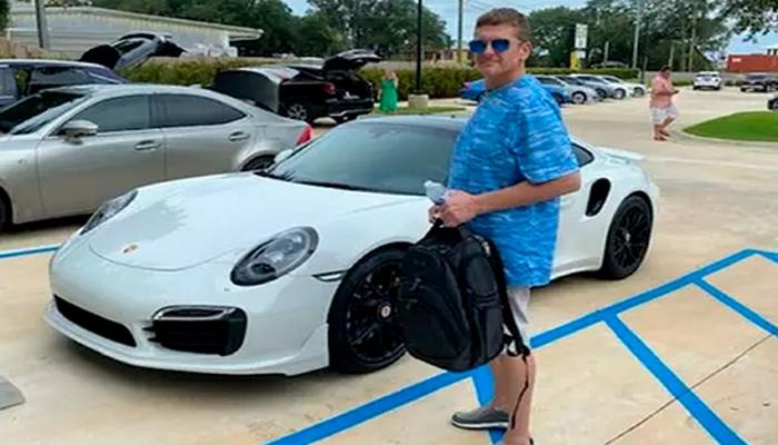 Printerdə çap olunmuş pulla Porsche aldı