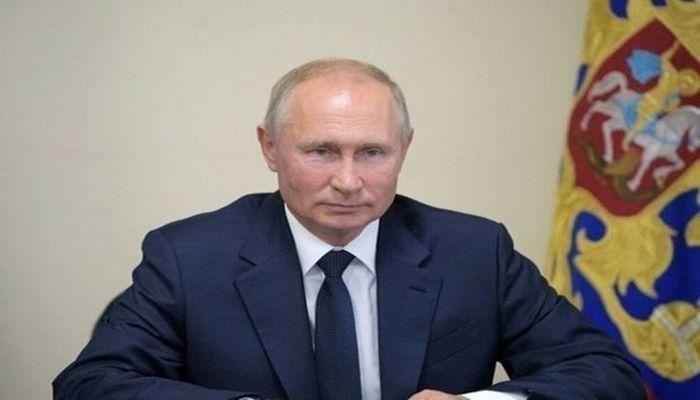 Putin qızının koronavirusa qarşı peyvəndi sınaqdan keçirdiyini bildirdi