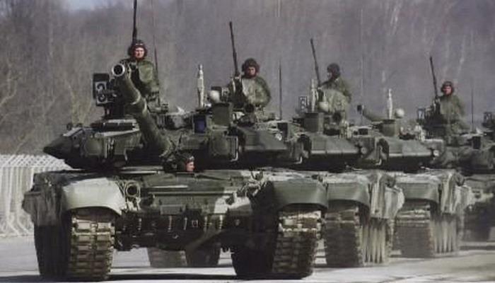 """Putinin əmri: Cənub ordusuna """"həyəcan"""" verildi"""