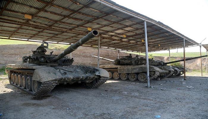 Qubadlı istiqamətində düşmənin atıb qaçdığı hərbi texnika və silah-sursat