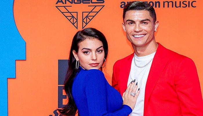 Ronaldo evlilik təklifi üçün 1 milyonluq üzük aldı