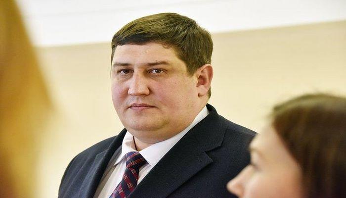 Rusiyada nazir koronavirusdan öldü