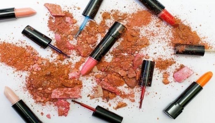 Sahte makyaj ürünlerini anlamanın püf noktaları