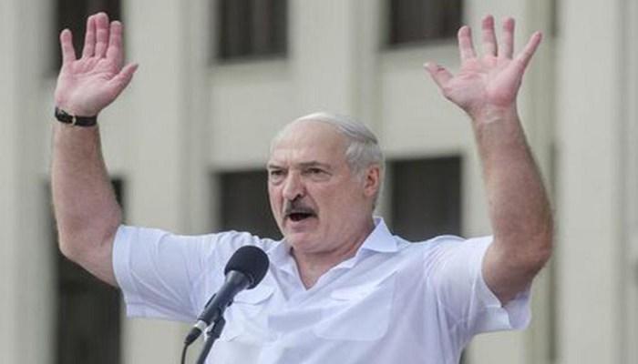 """""""Səlahiyyətlərimi təhvil verməyə hazıram"""" - Lukaşenko"""