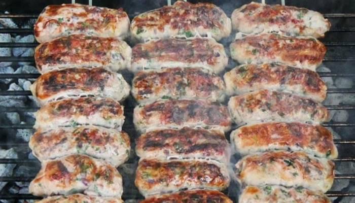 Son günlerin aranan lezzeti: Şeftali kebabı! Şeftali kebabı nasıl yapılır?