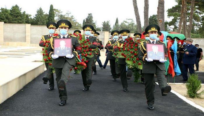 Состоялась церемония прощания с шехидами-офицерами