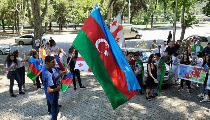 Tbilisidə Azərbaycan Ordusuna dəstək aksiyası keçirilib
