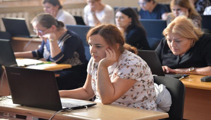 В Азербайджане начался выбор вакансий по приему на работу учителей