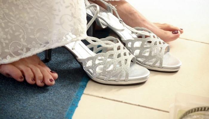 Topuklu ayakkabı giymemek için 6 neden