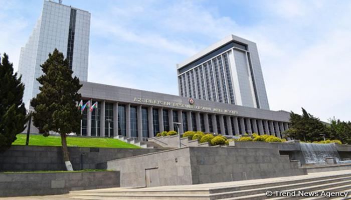 Оглашены детали заседания Комитета по правовой политике и государственному строительству Милли Меджлиса