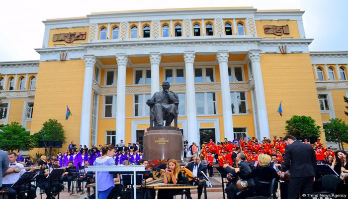 День национальной музыки в Азербайджане – юбилеи Узеира Гаджибейли и Муслима Магомаева