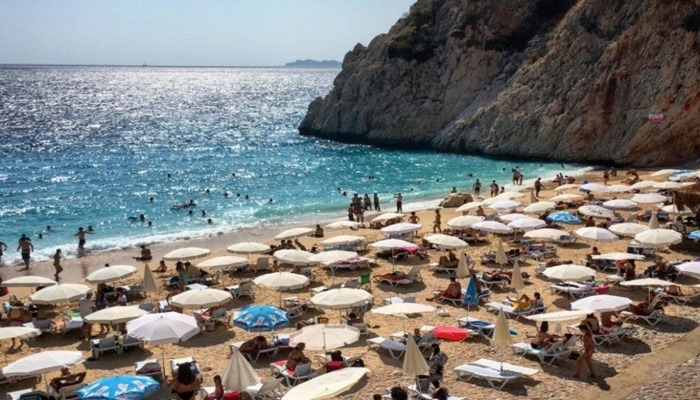 TUI Türkiye'ye seyahat uyarısının kaldırılmasını istiyor