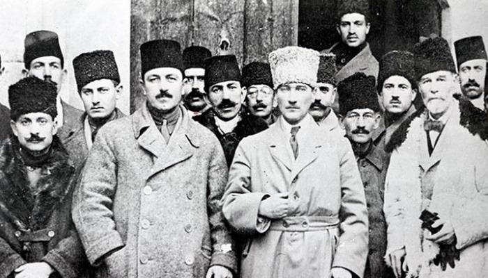 Türkiye Cumhuriyeti'nin temellerinin atıldığı kongre 101 yaşında