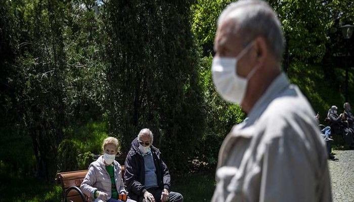 Türkiye'de koronavirüs: Vaka sayısı artmaya devam ediyor