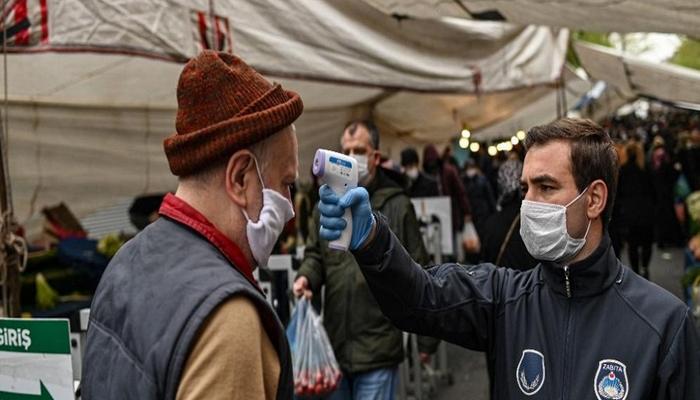 Türkiye'de vaka sayısı 240 bini aştı