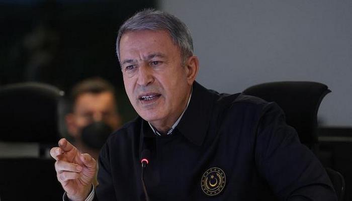 """Türkiyənin müdafiə naziri: """"Ermənilərə qarşı soyqırım olmayıb"""""""