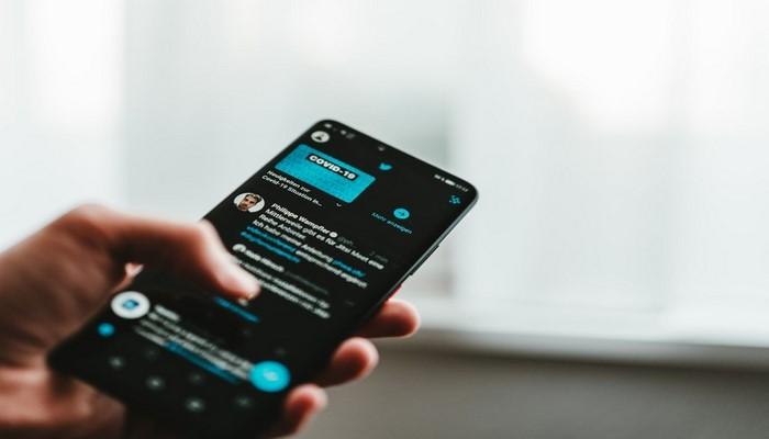 Twitter тестирует автоматический перевод твитов