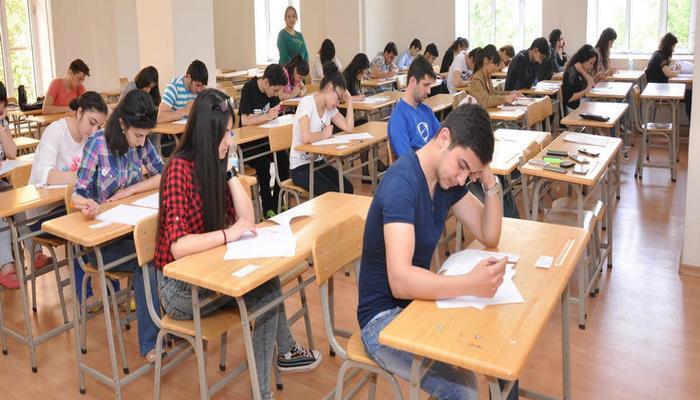 В Азербайджане 23 и 24 июля будут проведены очередные выпускные и вступительные экзамены
