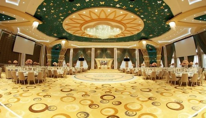 В Азербайджане предлагается разрешить свадьбы с участием 100-150 человек