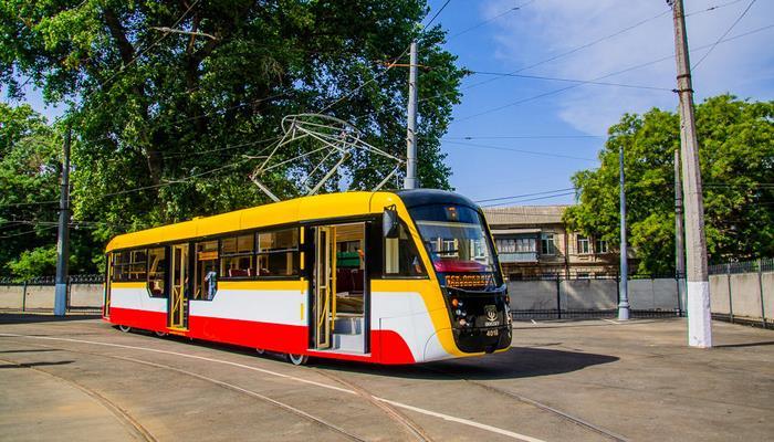 В Баку необходимо создавать альтернативные виды транспорта - эксперт