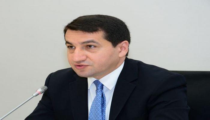В отличие от Армении, Азербайджан никогда не обстреливает гражданские объекты - Хикмет Гаджиев