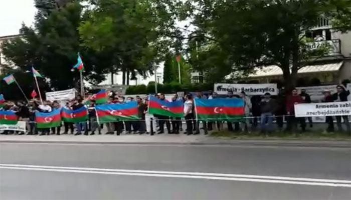 В столице Польши прошла акция в поддержку армии Азербайджана