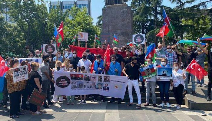 В Трабзоне прошла акция в поддержку Азербайджана